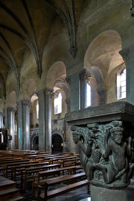 Atalantes capital, Abbaye Saint-Pierre et Saint-Caprais, Mozac (Puy-de-Dôme) Photo by PJ McKey