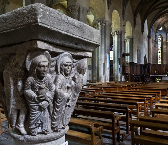 Resurrection capital, [Abbaye Saint-Pierre et Saint-Caprais, Mozac (Puy-de-Dôme) Photo by PJ McKey""