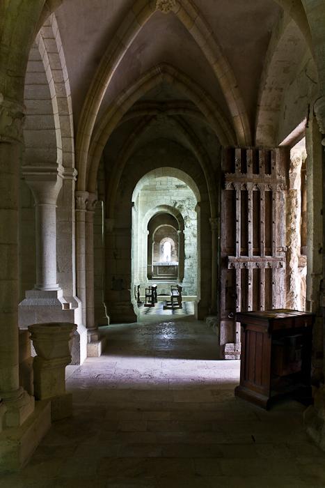 South side aisle, Eglise Notre Dame de l'Assomption, Mont-devant-Sassy (Meuse) Photo by PJ McKey