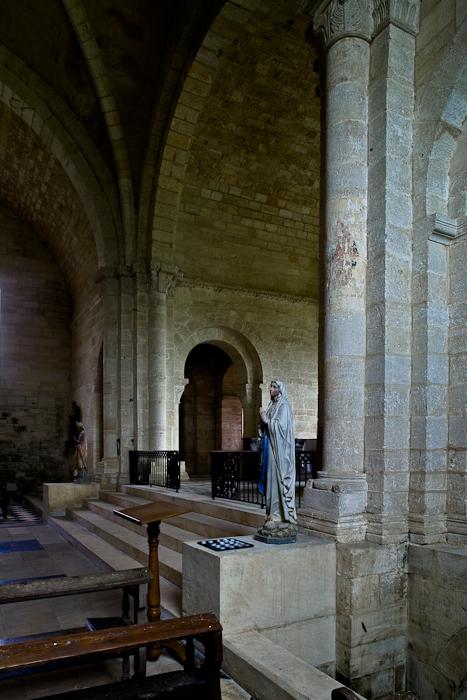 Crossing, Eglise Notre Dame de l'Assomption, Mont-devant-Sassy (Meuse) Photo by PJ McKey