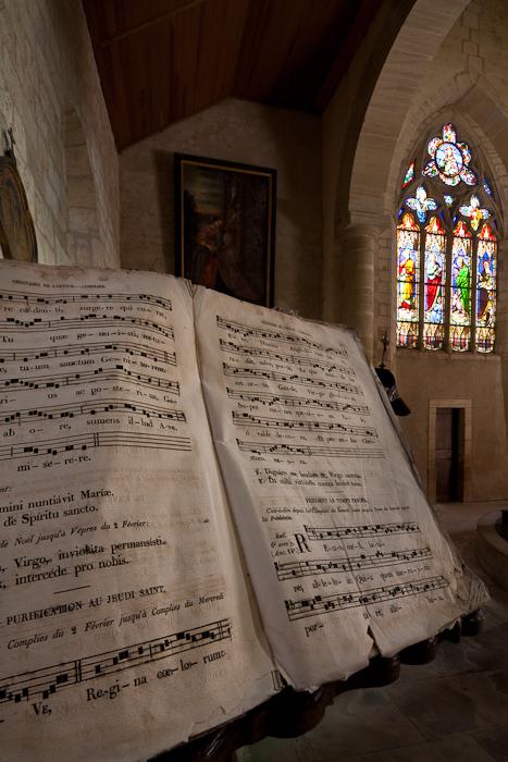 Église Saint-Sulpice, Secqueville-en-Bessin (Calvados) Photo by Dennis Aubrey