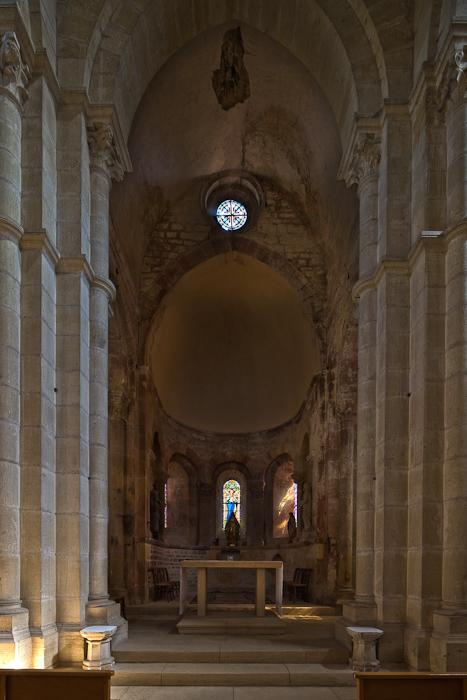 Apse, Église Saint Paul de Châteauneuf, Chateauneuf (Saône-et-Loire) Photo by Dennis Aubrey