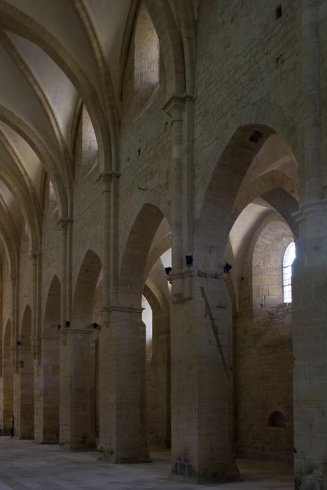 Nave elevation, Église Abbatiale Notre Dame de Noirlac, Bruere-Allychamps (Cher) Photo by Dennis Aubrey