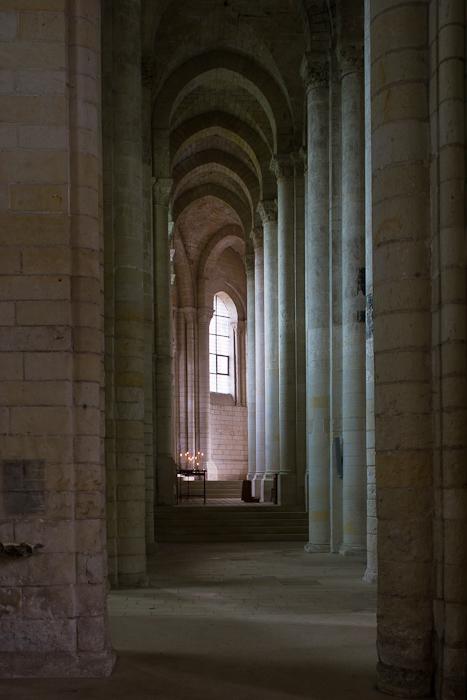 Side aisle, Église Notre-Dame de Cunault, Cunault (Maine-et-Loire) Photo by Dennis Aubrey