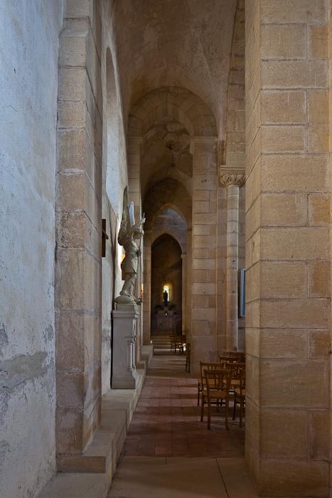 Side aisle, Église Saint Paul de Châteauneuf, Chateauneuf (Saône-et-Loire) Photo by PJ McKey