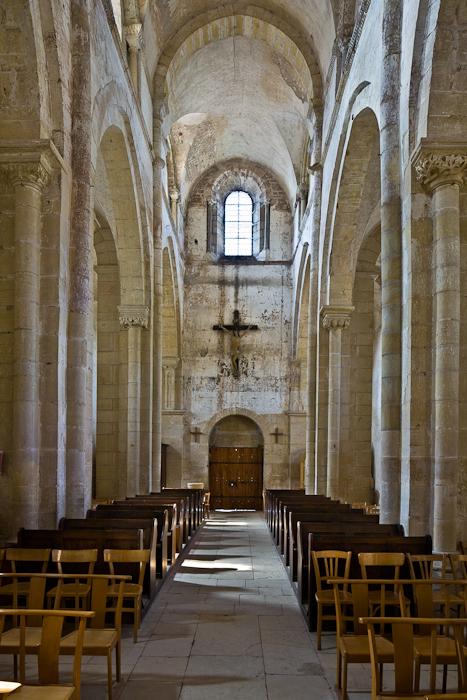 Nave, looking west, Église Saint Paul de Châteauneuf, Chateauneuf (Saône-et-Loire) Photo by PJ McKey