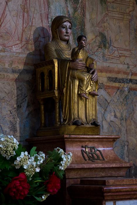 Notre Dame la Brune, Basilique Saint Philibert, Tournus (Saône-et-Loire) Photo by Dennis Aubrey