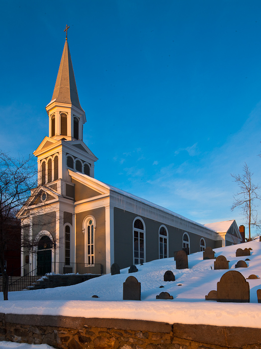 First Parish Church, Concord (Massachusetts)  Photo by Dennis Aubrey