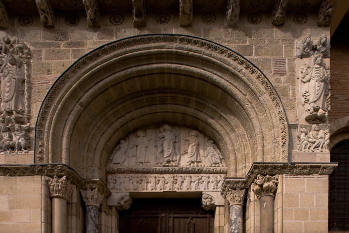 Miègeville portal tympanum, Basilique Saint Sernin, Toulouse (Haute-Garonne)  Photo by Dennis Aubrey