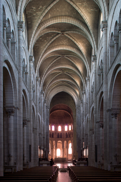 Nave, Abbaye Notre Dame de Fontgombault, Fontgombault  (Indre)  Photo by Dennis Aubrey