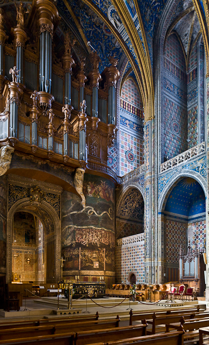 West wall and organ, Cathédrale Sainte-Cécile, Albi (Tarn) Photo by PJ McKey