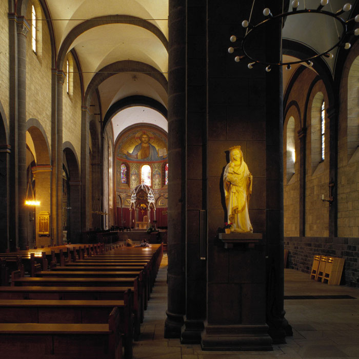 Nave elevation, Abbey Church of Maria-Laach, Andernach (Rhineland-Palatinate) Photo by Jong-Soung Kimm