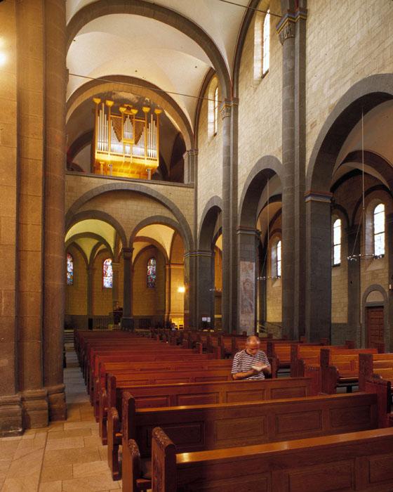 Tribune gallery, Abbey Church of Maria-Laach, Andernach (Rhineland-Palatinate) Photo by Jong-Soung Kimm