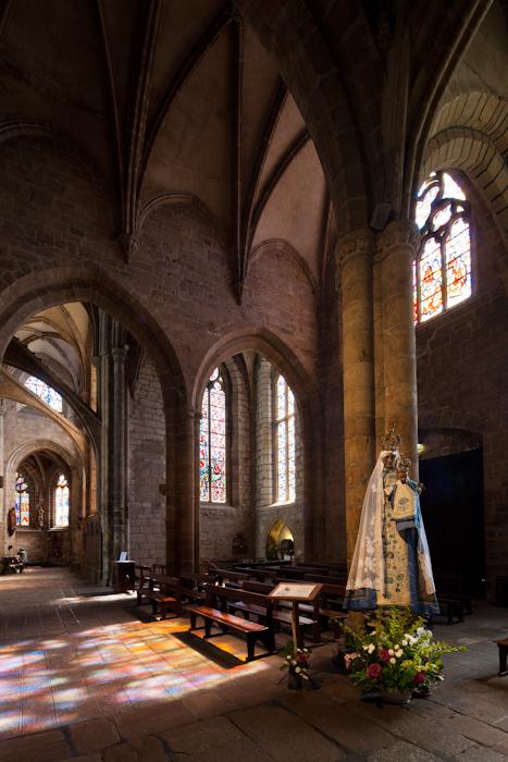 Notre Dame-de-Bon-Secours, Guingamp (Côtes-d'Armor)  Photo by Dennis Aubrey