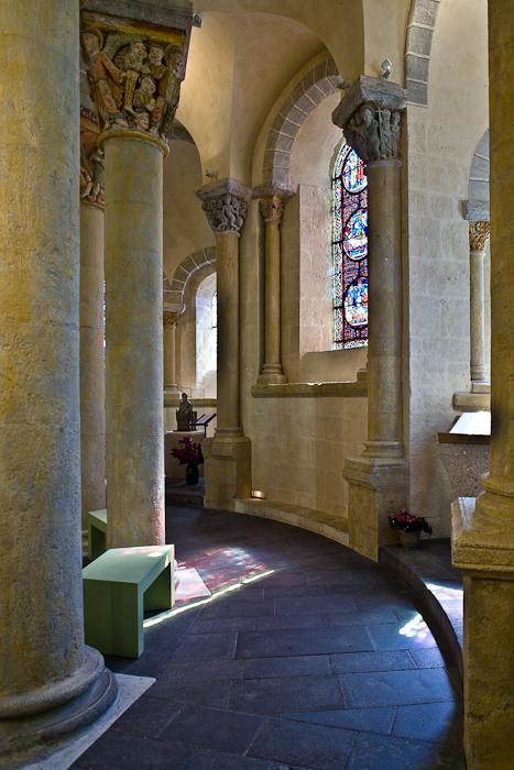Ambulatory from south, Basilique Notre Dame de Saint Nectaire, Saint Nectaire (Puy-de-Dôme) Photo by PJ McKey
