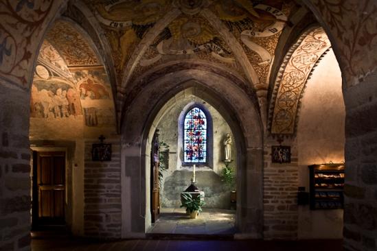 Central chapel, Église Saint-Pierre-et-Saint-Paul à Ottmarsheim, Ottmarsheim (Haut-Rhin) Photo by PJ McKey
