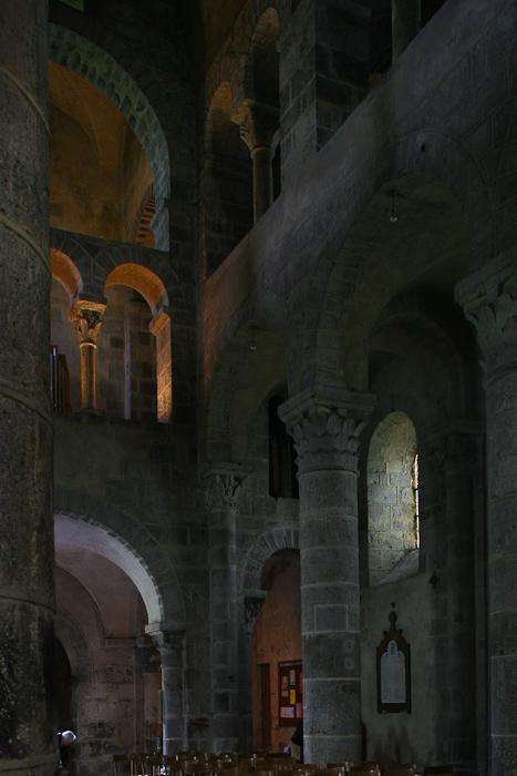 Nave in 2006, Basilique Notre Dame de Saint Nectaire, Saint Nectaire (Puy-de-Dôme)  Photo by Dennis Aubrey