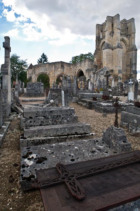 Exterior, Église Notre-Dame du Pré, Donzy-le-Pré (Nièvre) Photo by PJ McKey