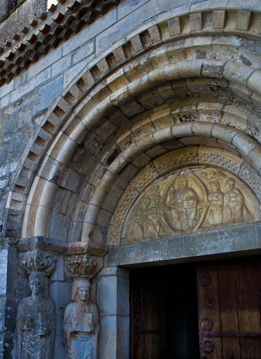 Tympanum, Église Saint Just de Valcabrère, Valcabrère (Haute-Garonne) Photo by Dennis Aubrey