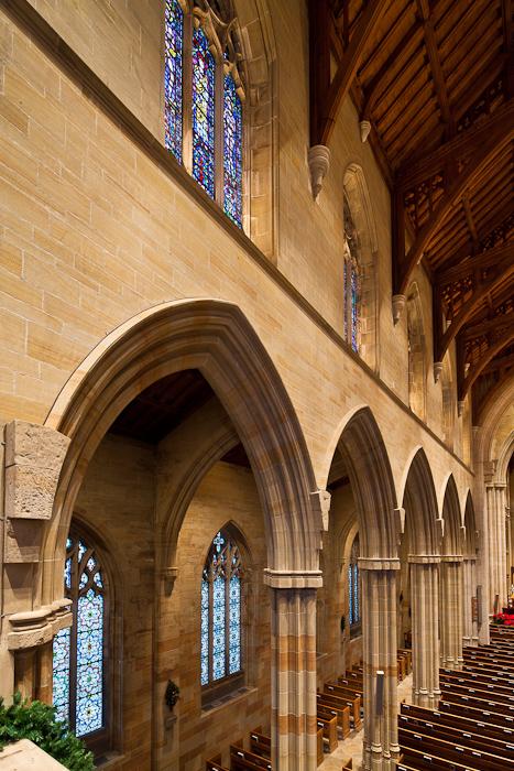 Arcade entasis in the nave, Bryn Athyn Cathedral, Bryn Athyn (Pennsylvania) Photo by Dennis Aubrey