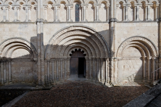 West facade, Église Saint Jacques, Aubeterre-sur-Dronne (Charente)  Photo by Dennis Aubrey