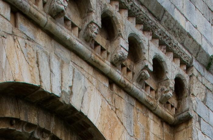 South portal corbels, Iglesia Santa Cecília de Molló, Molló (Girona) Photo by Dennis Aubrey