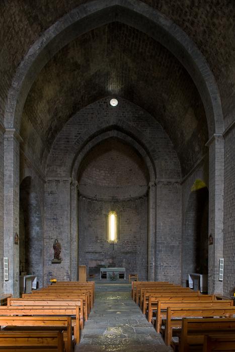 Nave, Iglesia Santa Cecília de Molló, Molló (Girona) Photo by Dennis Aubrey