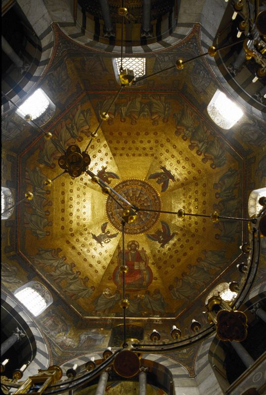 Rotunda dome, Palatine Chapel, Aachen (Nordrhein-Westfalen)  Photo by Jong-Soung Kimm