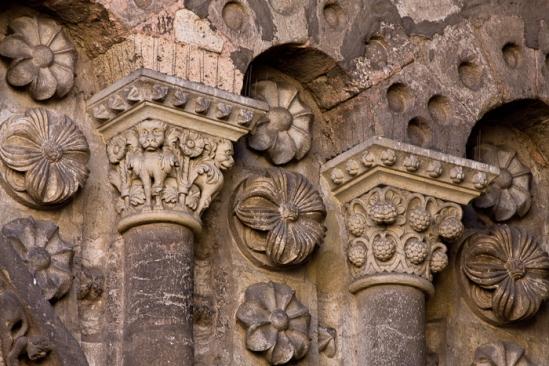 Романские колонны в кафедральном соборе Каора - Cathédrale de Cahors (Кафедральный собор Каора)