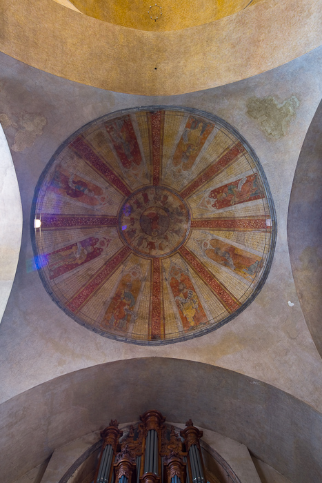 Nave dome, Cathédrale Saint Etienne, Cahors (Lot)  Photo by Dennis Aubrey