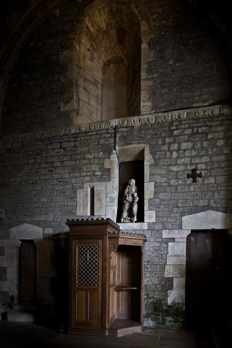 Collégiale Saint Lazare, Avallon (Yonne) Photo by PJ McKey