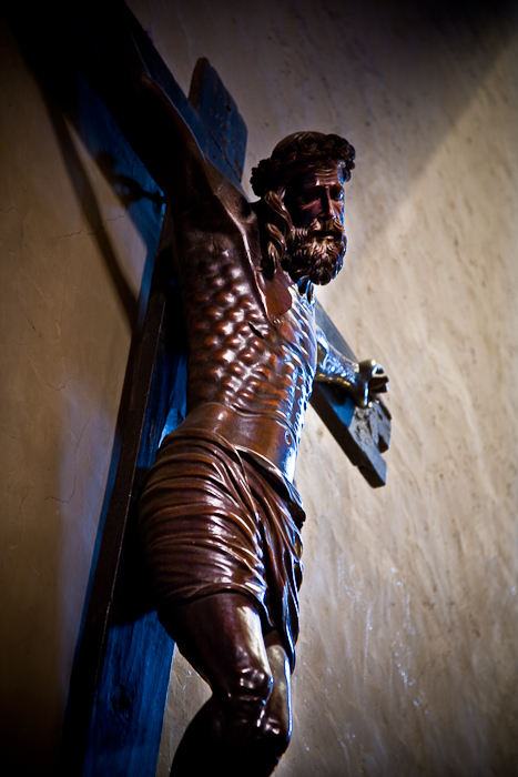 Crucifix, Église Saint Pierre, Prades (Pyrénées-Orientales)  Photo by PJ McKey