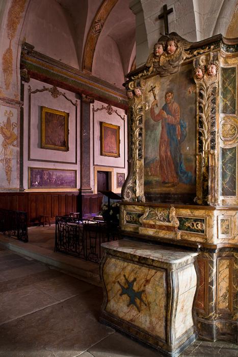 Small retable, Église Saint Jacques-le-Majeur, Asquins (Yonne)  Photo by PJ McKey