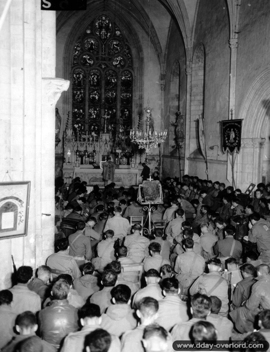 American soldiers at mass in the Église Notre-Dame-de-l'Assomption,  11 June 1944