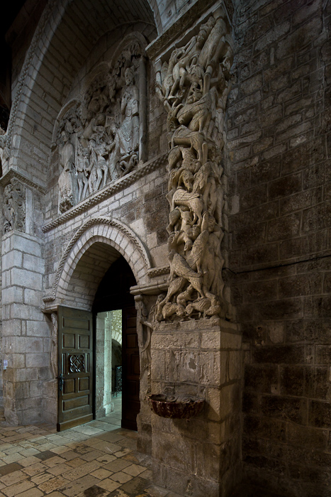 Trumeau and tympanum, Église Sainte Marie, Souillac  (Lot)  Photo by Dennis Aubrey