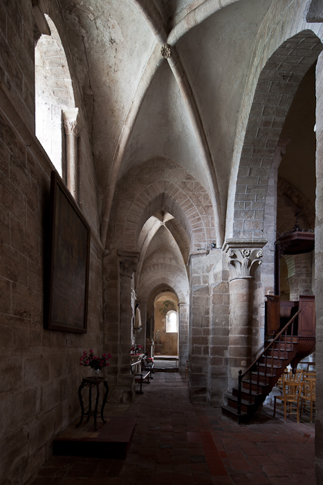 Side aisle, Église Saint Martin, Ygrande (Allier)  Photo by Dennis Aubrey