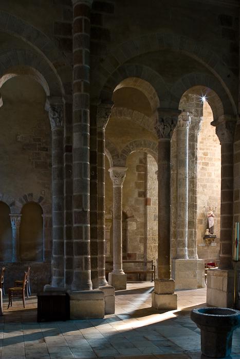 Église Saint Genès, Chateaumeillant (Cher)  Photo by Dennis Aubrey