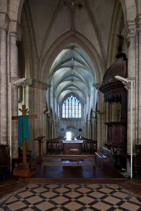 Choir, Église Notre-Dame-de-l'Assomption, Sainte Marie-du-Mont (Manche) Photo by PJ McKey