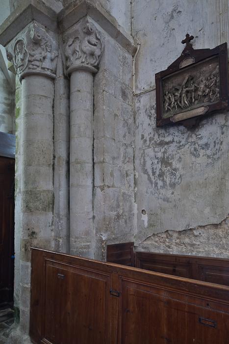 Nave capitals, Église Notre-Dame-de-l'Assomption, Sainte Marie-du-Mont (Manche) Photo by PJ McKey