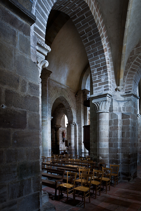 Side aisle arcade, Église Saint Martin, Ygrande (Allier) Photo by PJ McKey