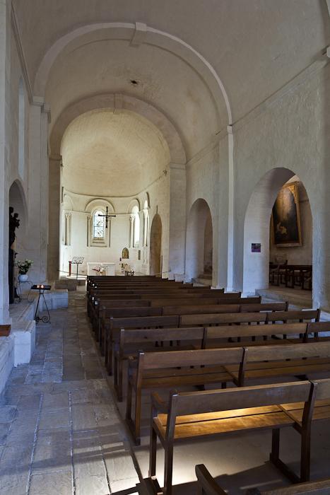 Nave, Notre Dame de Echillais, Echillais (Charente-Maritime)  Photo by PJ McKey