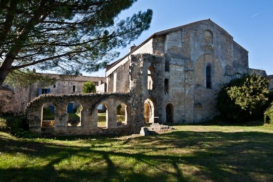 Prieuré de Sainte-Gemme, Sainte-Gemme (Charente-Maritime)  Photo by PJ McKey