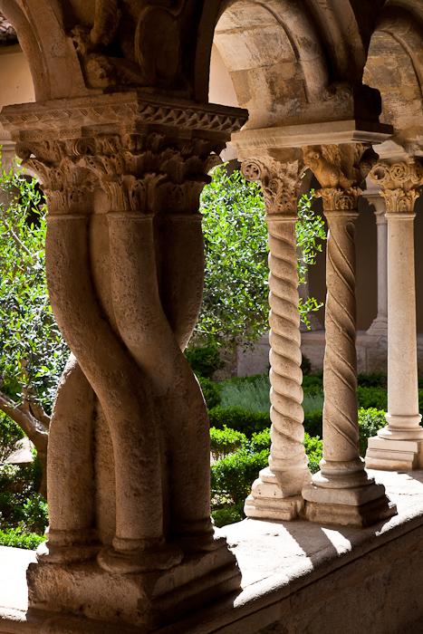 Cloister detail, Cathédrale Saint Sauveur, Aix-en-Provence (Bouches-du-Rhône)  Photo by Dennis Aubrey