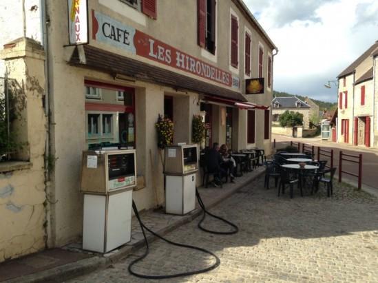 Cafe Les Hirondelles, Asquin (Yonne)