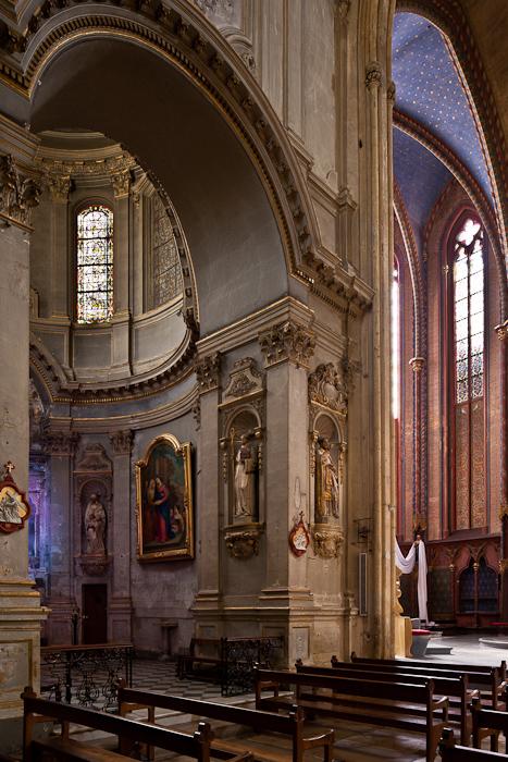 Apse chapel, Cathédrale Saint Sauveur, Aix-en-Provence (Bouches-du-Rhône)  Photo by PJ McKey