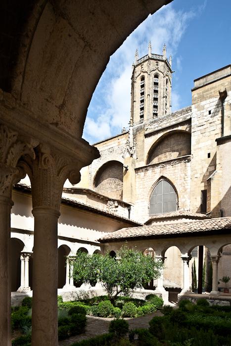 Cloister, Cathédrale Saint Sauveur, Aix-en-Provence (Bouches-du-Rhône)  Photo by PJ McKey