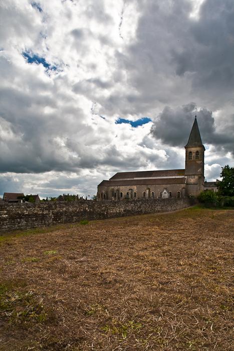 Église Saint-Révérien de Saint-Révérien, Saint-Révérien (Nièvre) Photo by PJ McKey