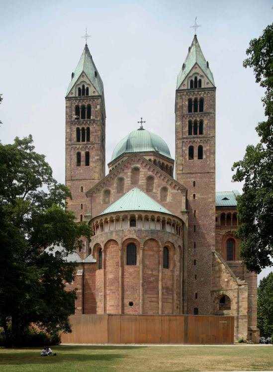 East exterior with dwarf gallery, Imperial Cathedral Basilica of Saint Mary and Saint Stephen, Speyer (Rhineland-Palatinate)  Photo by Jong-Soung Kimm