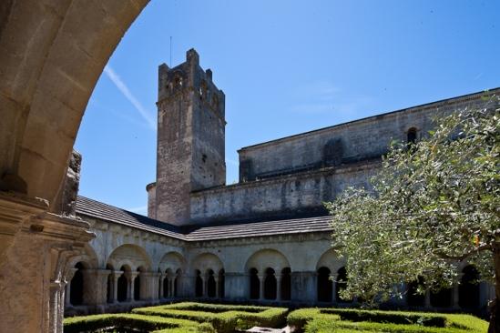 Cloister and clocher, Cathédrale Notre Dame de Nazareth, Vaison-la-Romaine (Vaucluse) Photo by Dennis Aubrey