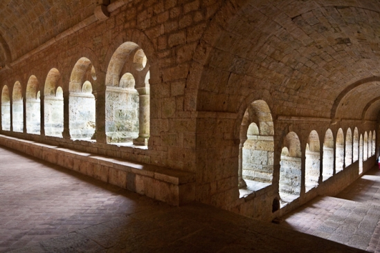 Cloister, Abbaye de Thoronet, Le Thoronet (Var)  Photo by PJ McKey